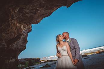 caves-beach-vibe-photography-weddings