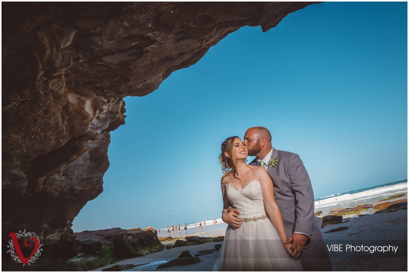 caves beach weddings vibe photography 11