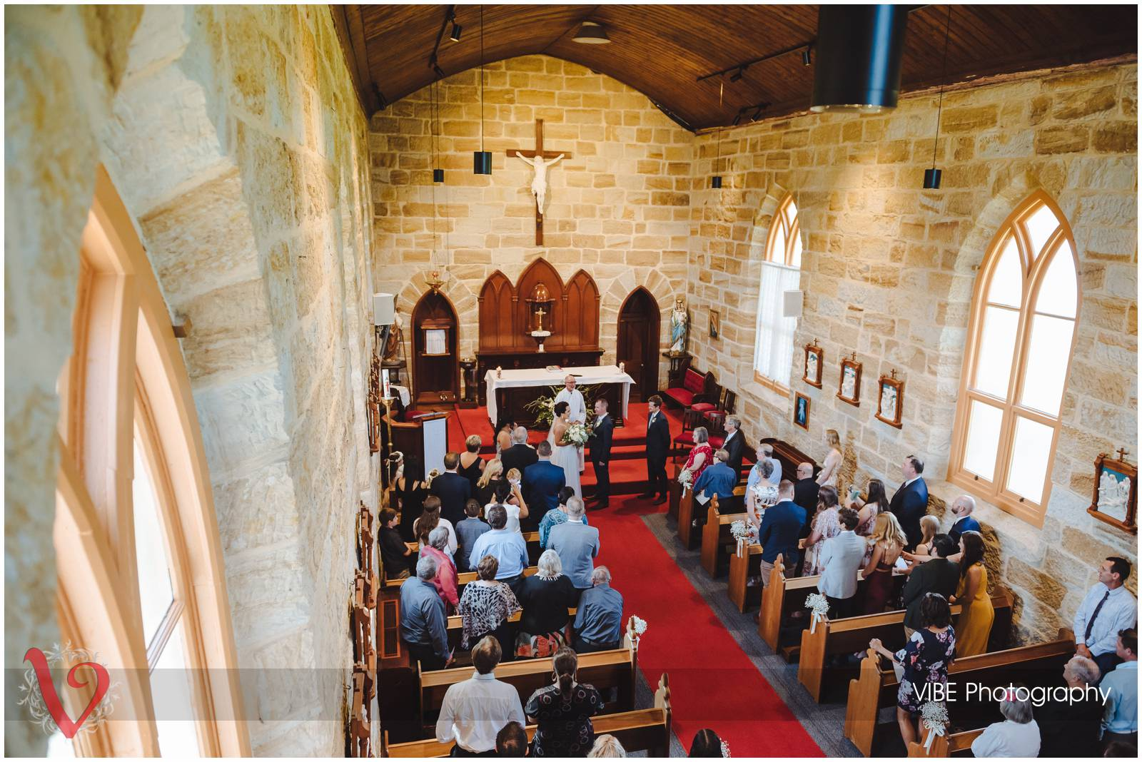 Kincumber holy cross wedding